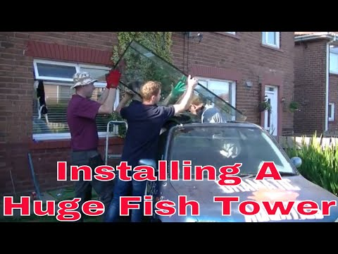 Installing A Huge Fish Tower or Inverted Aquarium / upside down fish tank to the car fish tank !!!